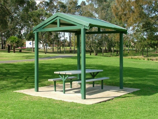 EM515 Wattle Shelter with Table and Bench Setting option.jpg